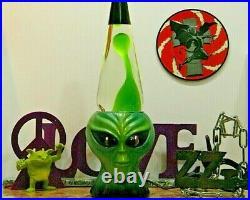 VINTAGE ALIEN Lava Lamp Icon Series RARE SUPER CLEAN