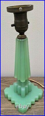 Vintage Houzex Jadeite Green Glass Skyscraper Style Art Deco Table Lamp Light